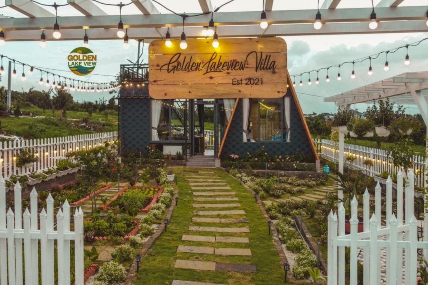 Không gian sân vườn nhỏ xinh có trong mỗi Villas